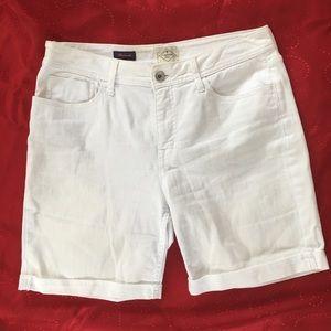 St.Johns Bay white shorts size 12